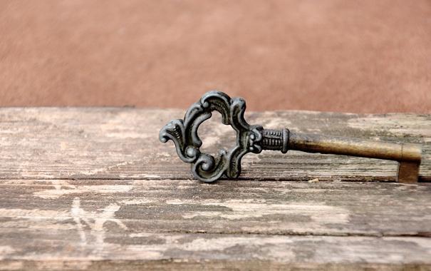 Фото обои metal, key, decoration, Trapping