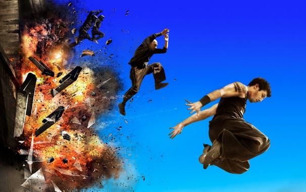 Фото обои взрыв, боевик, паркур, Дэвид Белль, Сирил Раффаэлли, 13-й район Ультиматум, Banlieue 13 Ultimatum