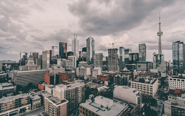 Фото обои облака, Канада, фонарные столбы, знаки, Онтарио, Торонто, крыши