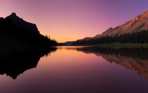 Фото обои лес, небо, природа, горы, отражение, вечер, озеро