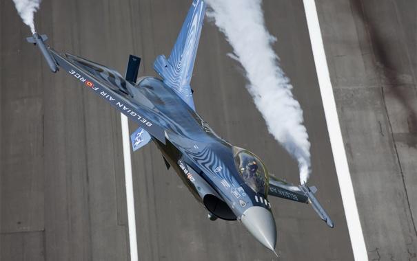 Фото обои полет, самолет, истребитель, F-16