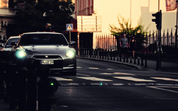 Фото обои город, вечер, R35, Nissan GTR