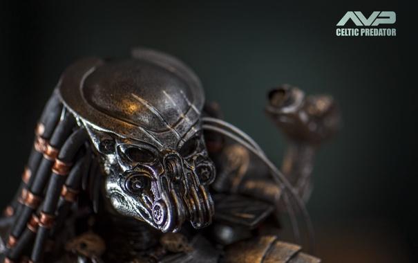 Фото обои фон, игрушка, хищник, существо, статуэтка, тварь