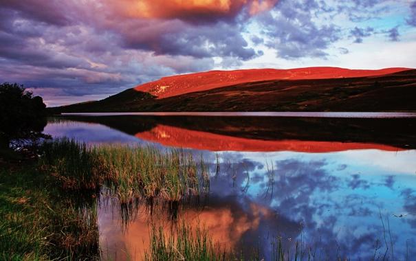 Фото обои небо, облака, озеро, отражение, гора, вечер
