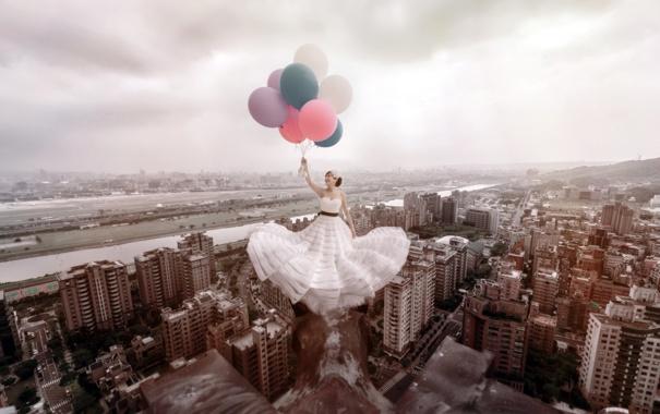 Фото обои девушка, город, шары