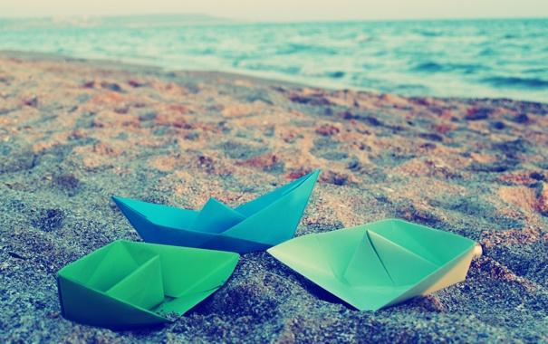 Фото обои песок, море, обои, цветные, бумажные кораблики
