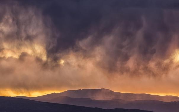 Фото обои пейзаж, закат, горы, тучи