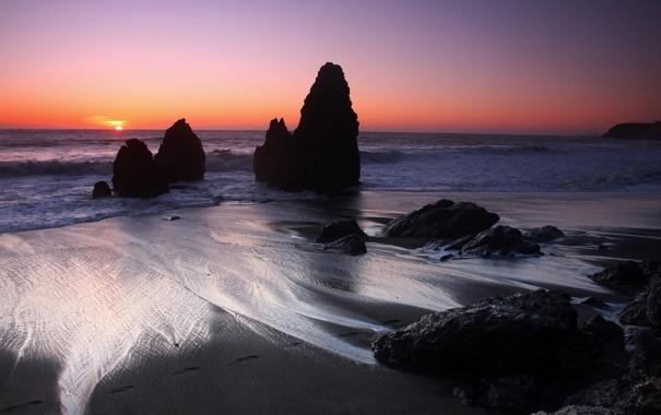Фото обои песок, море, волны, закат, природа, скалы, Морской пейзаж