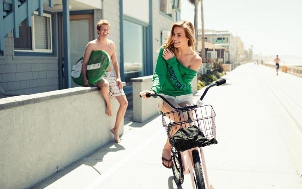 Фото обои лето, девушка, велосипед, отдых, блондинка, парень