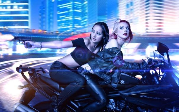 Фото обои пистолет, мотоцикл, Jolly, Lisa Jane Ralph
