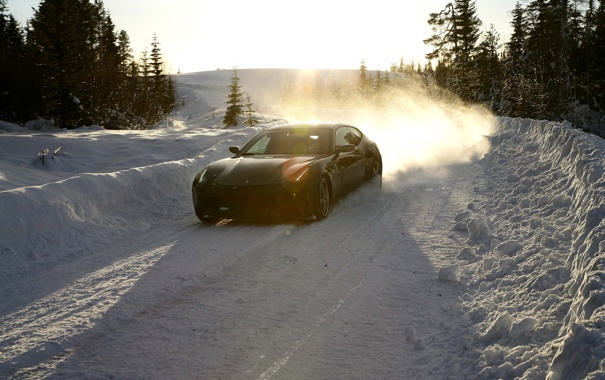 Фото обои зима, дорога, car, машина, лес, небо, солнце