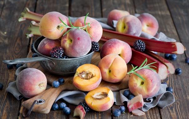 Фото обои ягоды, черника, фрукты, персики, ежевика