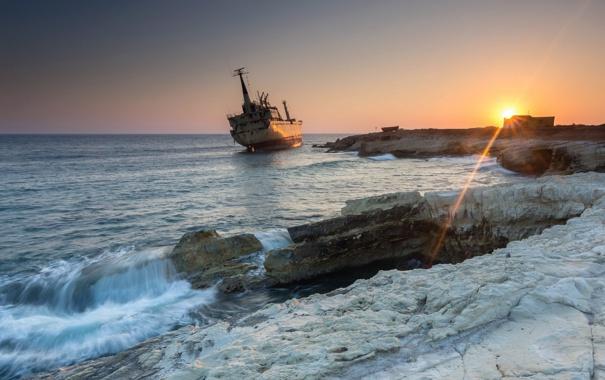Фото обои море, пейзаж, закат, корабль