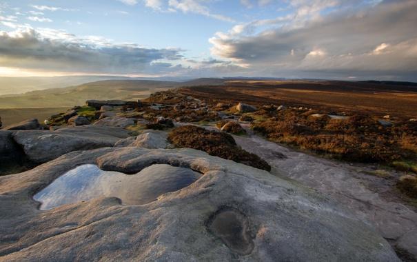 Фото обои закат, пейзаж, поле, камень