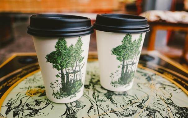 Фото обои деревья, рисунок, кофе, стаканы, напиток, стаканчики