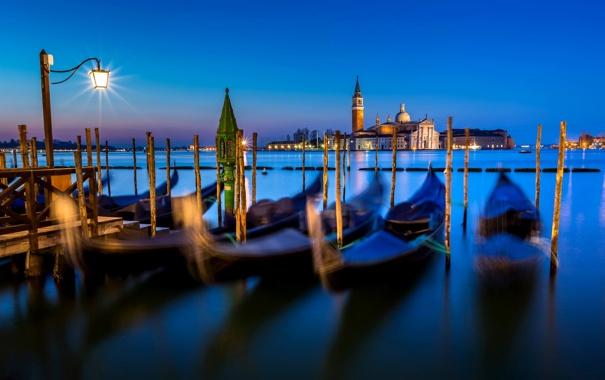Фото обои море, вода, свет, ночь, город, остров, Италия