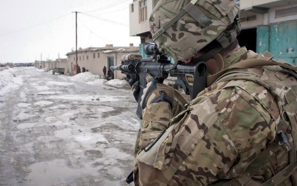 Фото обои война, улица, солдат, автомат