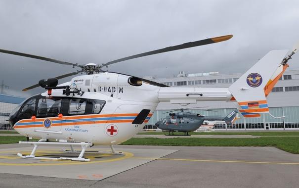 Фото обои Вертолет, Eurocopter, EC145, Завод, EC-145, EC 145, МЧС Казахстана