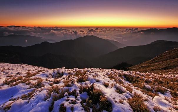 Фото обои снег, закат, горы, холмы, горизонт