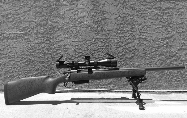 Фото обои винтовка, фон, снайперская, оптика, Remington 700, сошка