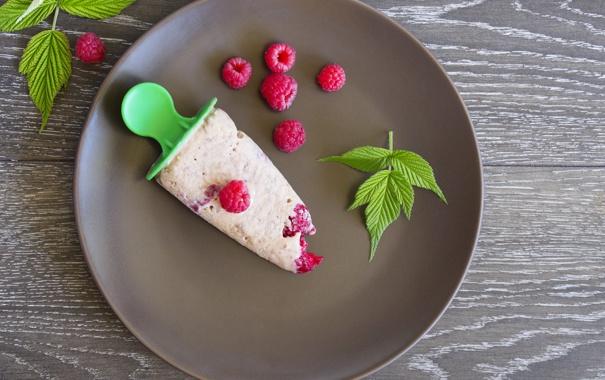 Фото обои малина, листва, raspberry leaves, малиновое мороженое, raspberry ice cream
