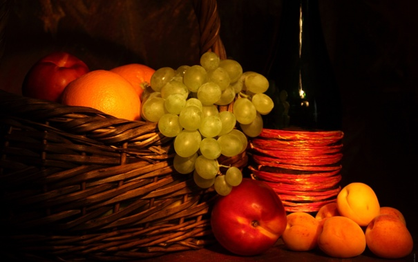 Фото обои бутылка, виноград, фрукты, персики, абрикосы