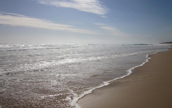 Фото обои облака, небо, пляж. берег, вода, волны, море, песок