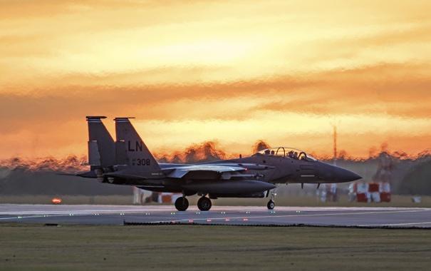 Фото обои истребитель, Eagle, аэродром, F-15E