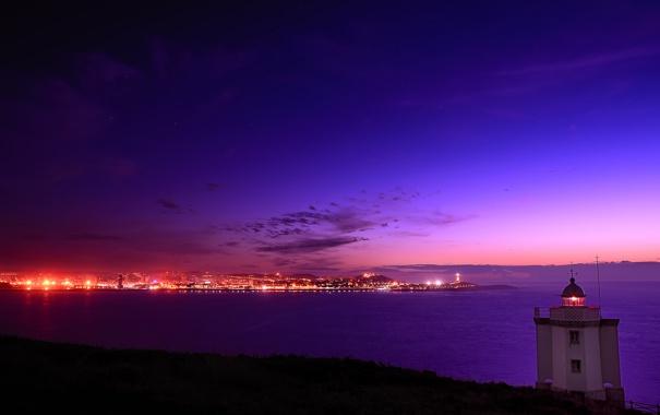Фото обои море, закат, город, маяк, Испания, Galicia, Mera