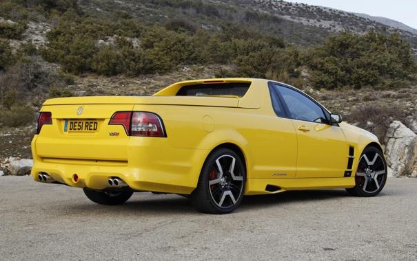 Фото обои желтый, гора, вид сзади, пикап, Vauxhall, VXR8, воксхол