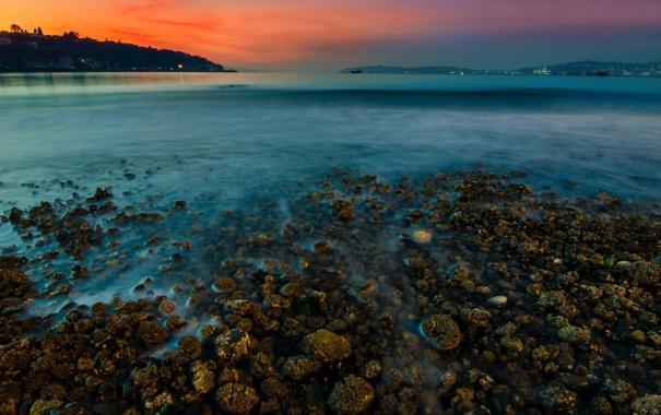 Фото обои закат, озеро, камни, берег, гора