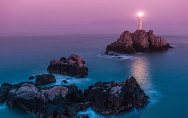 Фото обои море, пейзаж, скалы, маяк, горизонт, сумерки