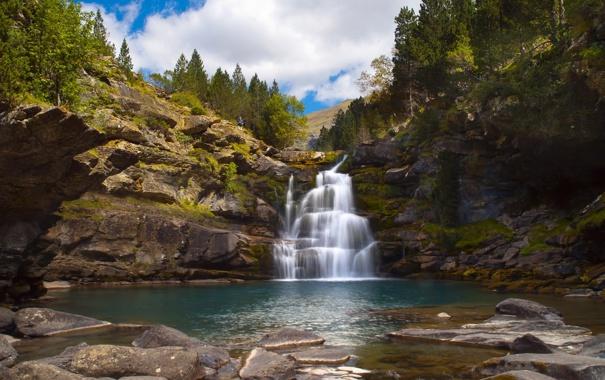 Фото обои горы, камни, водопад, Испания, Spain, waterfalls, деревья.