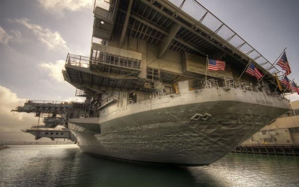 Фото обои корабль, флаги, вертолётоносец, Midway