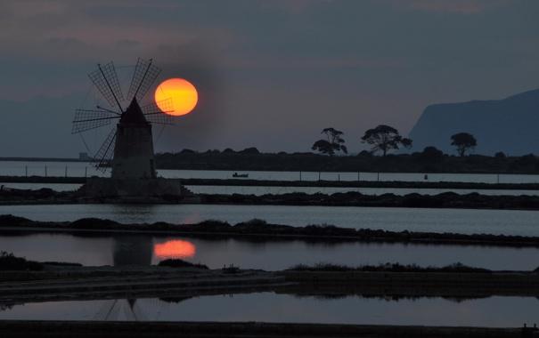 Фото обои небо, вода, солнце, закат, ветряная мельница