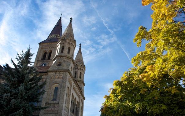 Фото обои осень, небо, облака, деревья, замок, часы, ель
