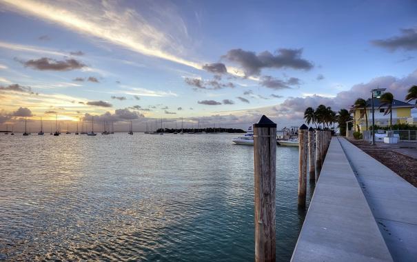 Фото обои пейзаж, озеро, пристань, лодки