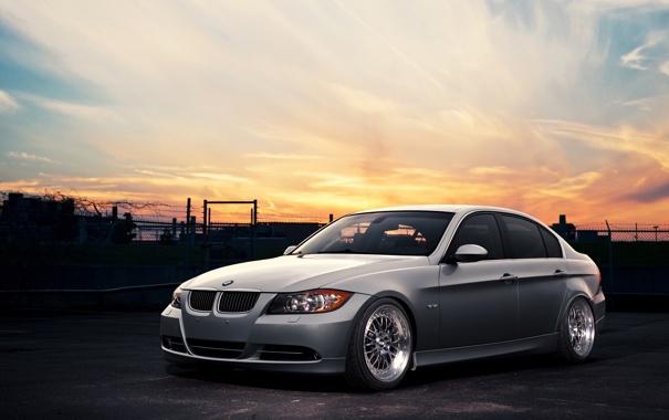 Фото обои небо, закат, бмв, BMW, серебристая, front, E90