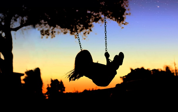 Фото обои закат, качели, звёзды, силуэт, девочка