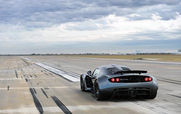 Фото обои небо, суперкар, вид сзади, Hennessey, Venom GT, Хеннесси, Веном ГТ