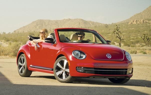 Фото обои Жук, Beetle, Convertible, Фольксваген, передок, девушка, кабриолет