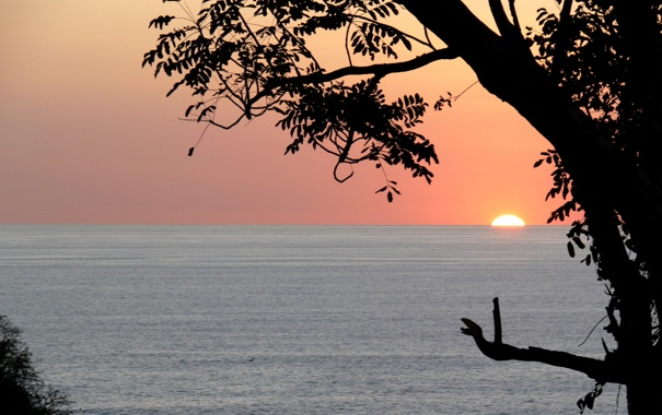 Фото обои море, небо, вода, солнце, закат, природа, гладь