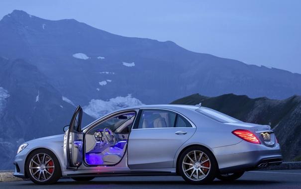 Фото обои горы, туман, Mercedes, роскошь, power, S63 AMG