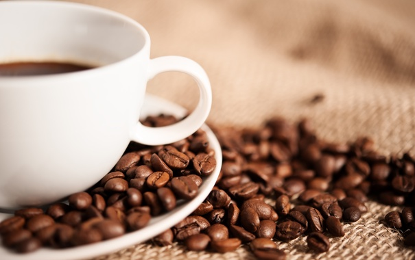 Фото обои макро, кофе, зерна, чашка, белая