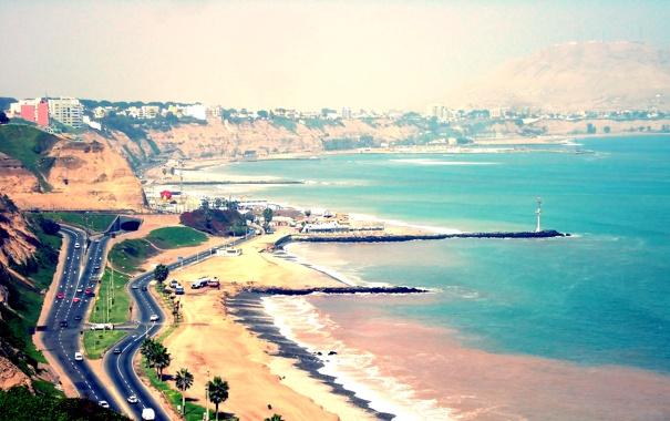 Фото обои море, машины, город, пальмы, побережье, дороги, пляж. дома