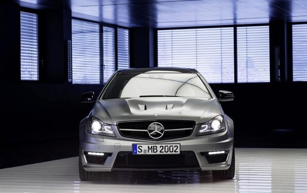 Фото обои Mercedes-Benz, Авто, Серый, Фары, AMG, Номер, C63