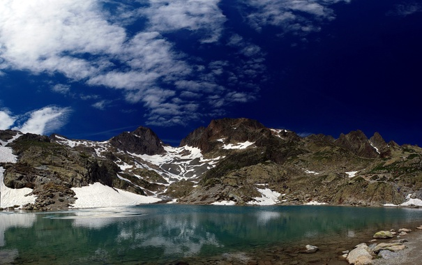Фото обои горы, снег, вода, небо, облака