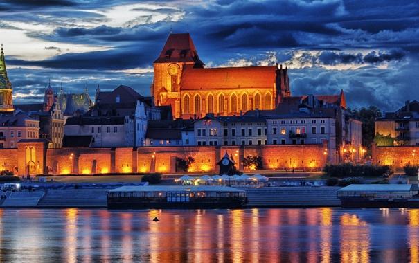 Фото обои огни, река, стена, дома, вечер, Польша, Висла
