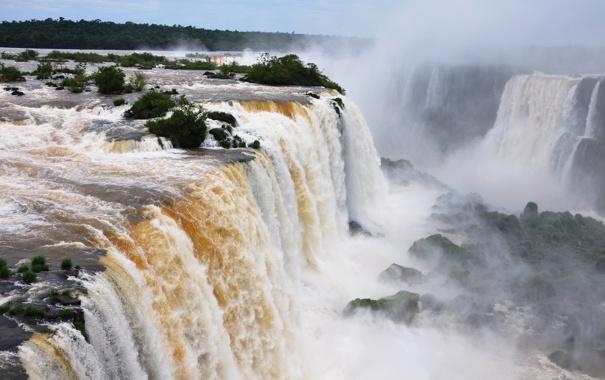 Фото обои небо, горы, стихия, водопад, кусты, приода