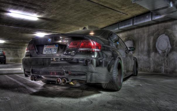Фото обои чёрный, bmw, бмв, тень, парковка, задок, e92